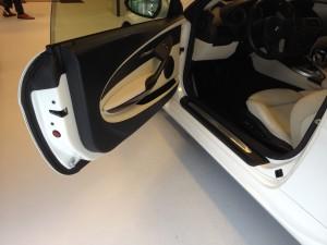 BMW M6 autowrappen van zilver naar diamant 2