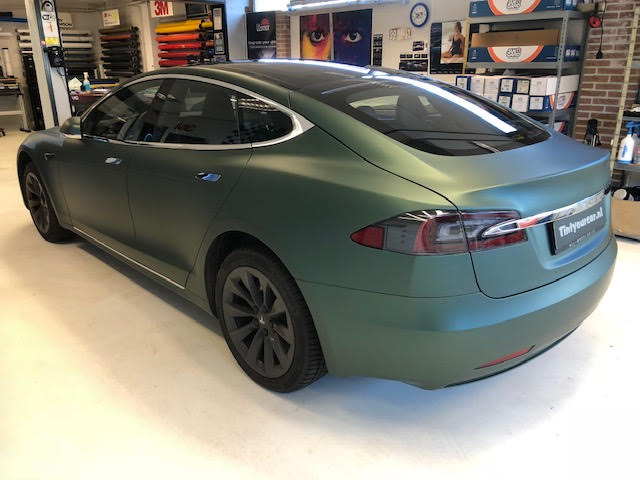Car wrap Tesla S