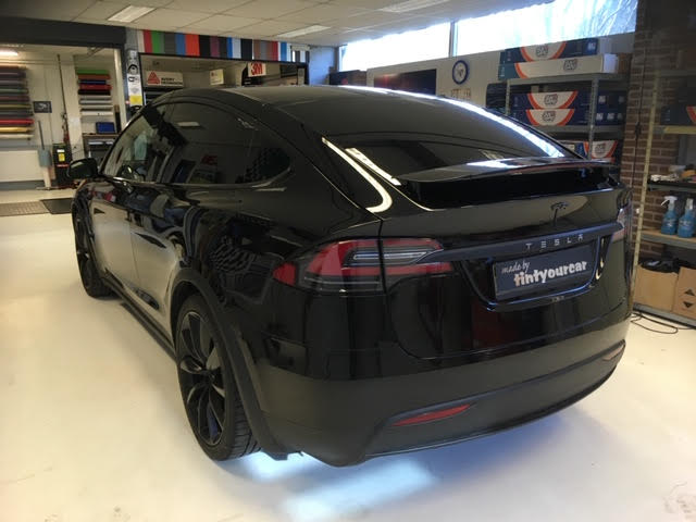 Tesla X Chrome Delete