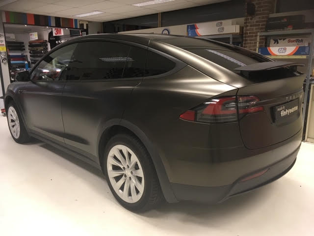 Tesla X Gold Dust Black 3M